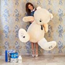 Большой мишка Тедди, в Санкт-Петербурге