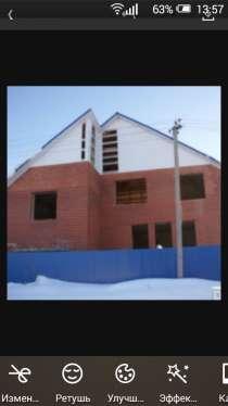 Продам двухэтажный дом, в Челябинске