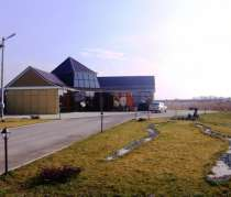 Здание:офис+торговая площадь с выходом в склад в г. Тимашевске ( 50км от Краснодара) Собственник, в г.Тимашевск