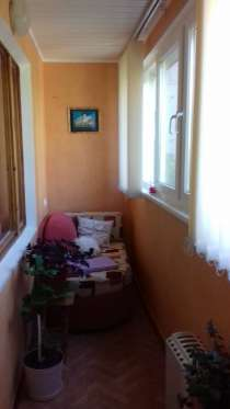 Продам 2 комнатную на Кесаева 5, ремонт 2 этаж, в г.Севастополь