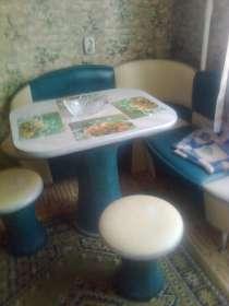 Уголок кухонный, мебель мягкая, стенка все б/у, в Старом Осколе