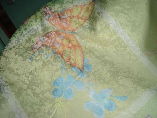 "Нежно-салатовая ткань для шторы ""Бабочки"""