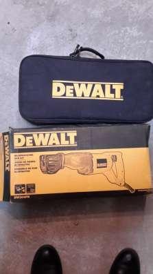 Пила сабельная dewalt DW304PK