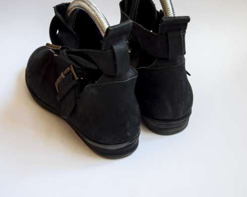 Кожаные ботиночки от OFFICE