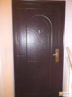 Продам дверь металлическую в Чехове