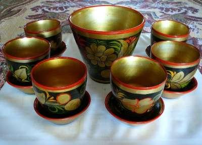 Посуда деревянная с хохломской росписью