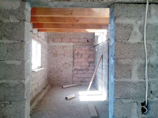 Абхазия. с.Варча. Новый 2-х этажный дом 240 кв.м. Сад 50 сот