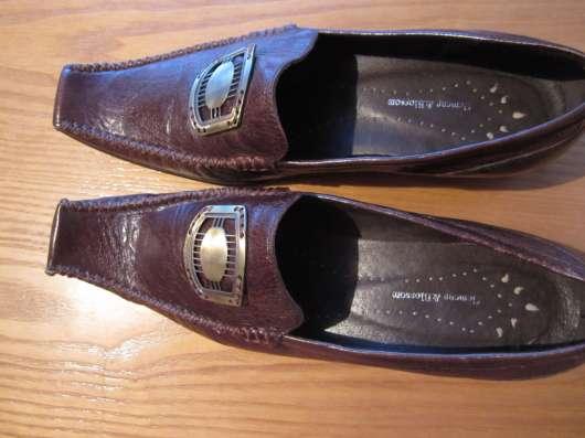 Туфли коричневого цвета