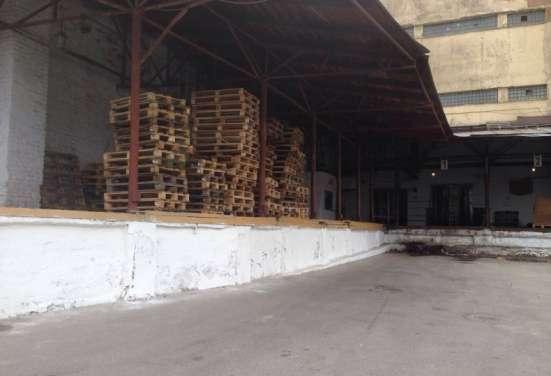 Производственное помещение 1 477 м2 в аренду  у метро Нарвск