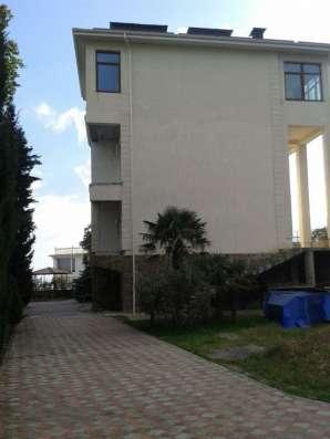 Продается отличный дом, а второй в подарок в г. Ялта, (Масса в г. Севастополь Фото 1