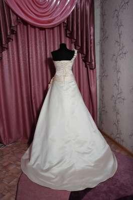 Оригинальное свадебное платье в г. Симферополь Фото 1