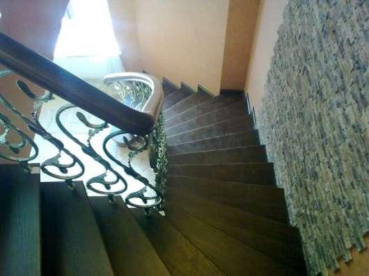 Изготовление лестниц из массива, дуб, ясень, лиственница в Владимире Фото 1