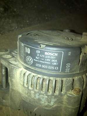 VW Golf-III 1.4,8V генератор 028903025Q