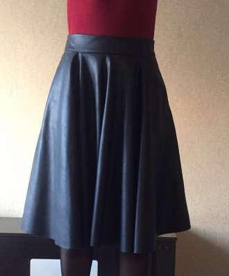 Кожаная юбка Zara, размер s в Москве Фото 2