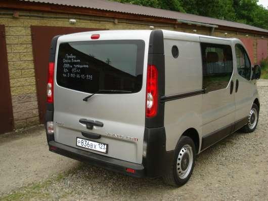 Грузопассажирский микроавтобус Opel Vivaro продаю