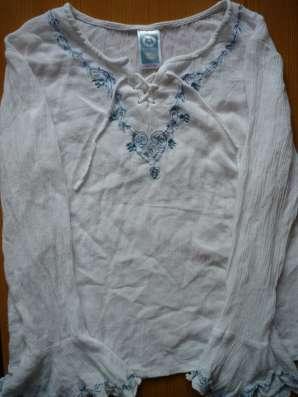 Блузка белая Here There