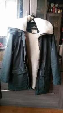 Женская куртка-парка PULL&BEAR