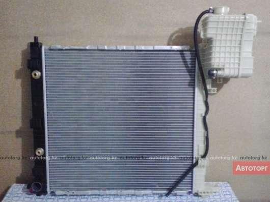 MB VITO 638 Радиатор основной