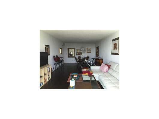 Квартира в Санни-Айлс в кондоминиуме Oceanview