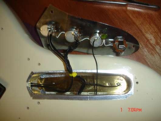 Гитарная мастерская дедушки Сандро