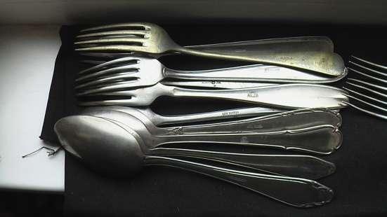 Ложки вилки ножи столовые немецкие трофейные