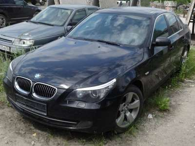 автомобиль BMW 535