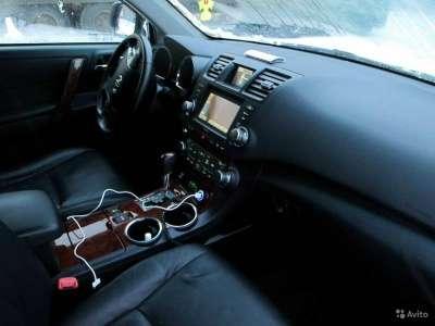 внедорожник Toyota Highlander, цена 1 250 000 руб.,в Москве Фото 3