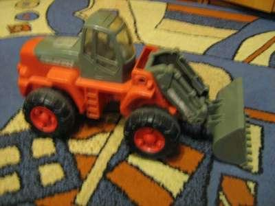 Продается трактор большой в г. Сарапул Фото 1