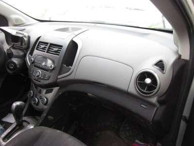 битый автомобиль Chevrolet Aveo
