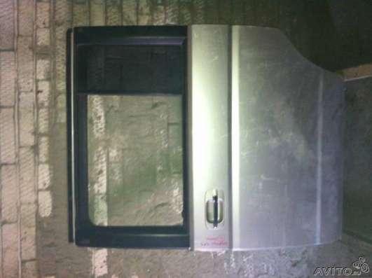 Дверь левая на Honda step vagon