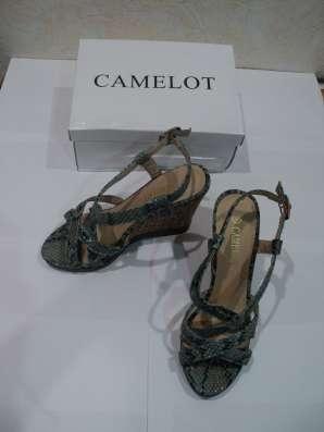 Босоножки CAMELOT