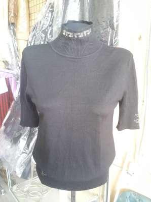 женская водолазка, черная
