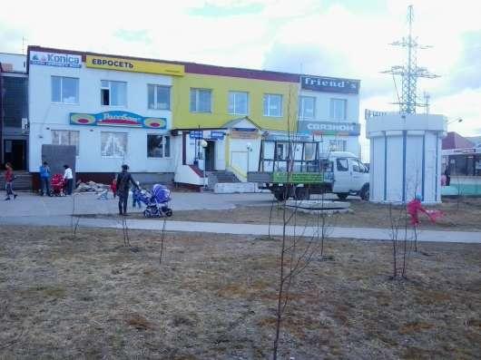 Магазин 800 кв. м. с землёй под раширение в центре г. Покачи
