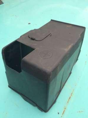 Пластиковая защита аккумулятора Ситроен с4