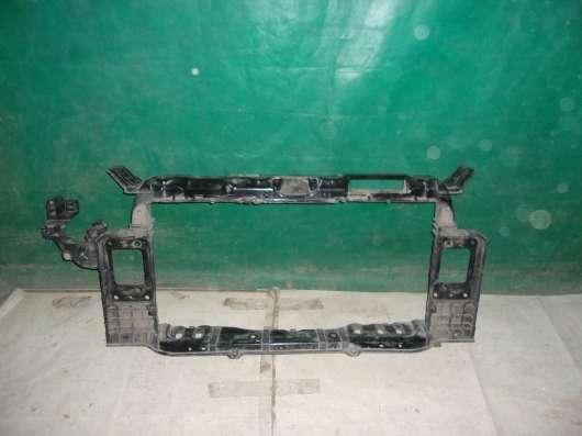 Передняя панель радиатора (телевизор) Kia Ceed