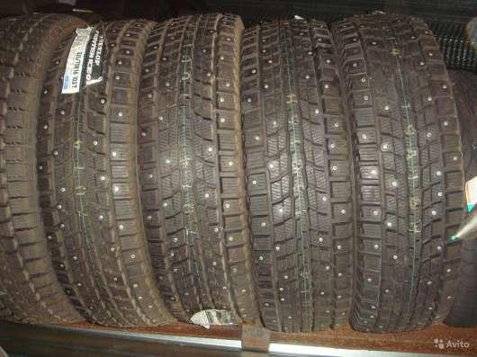 Новые зимние Dunlop 215/55 R16 Winter ICE01 в Москве Фото 1