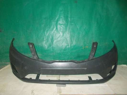 Передний бампер на Kia Rio 3 - Новый