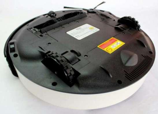 Робот пылесос с дисплеем GOOD ROBOT 699B