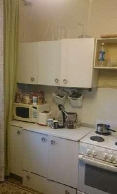 3 комнатная квартира на проспект Космонавтов 33 Б