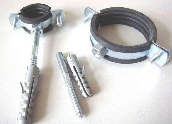Скоба металлическая однолапковая 38-40 мм