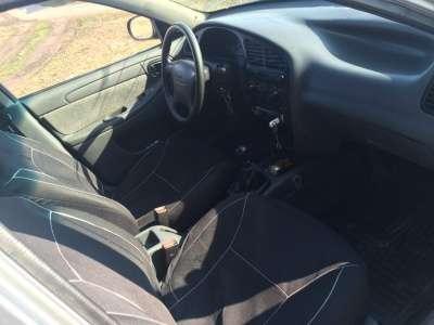 легковой автомобиль Chevrolet Lanos