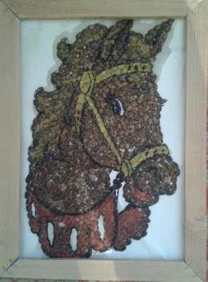 Картина из арбузных косточек