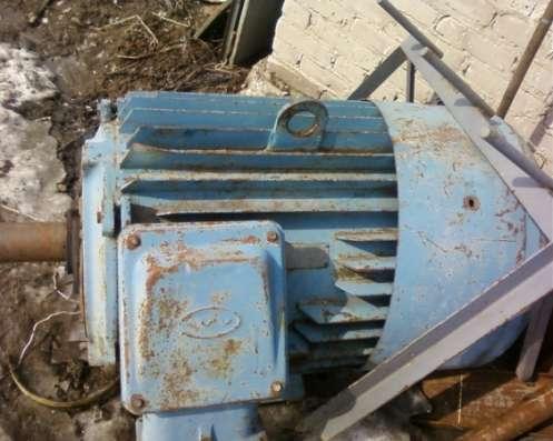 Электродвигатель 4А315 160/1500