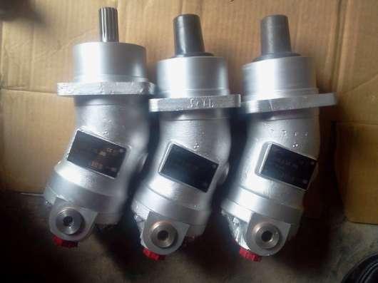 Гидромоторы, гидронасосы, гидрораспределители-ассортимент