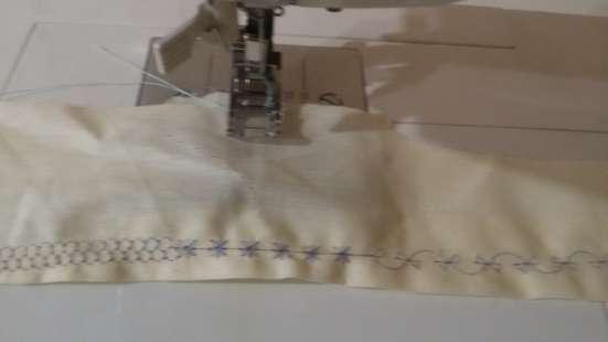 Продается бытовая швейная машина SINGER в Москве Фото 3