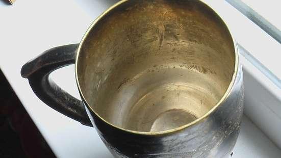 Кубок кружка подарочная, дарственная надпись. мельхиор в Саратове Фото 1
