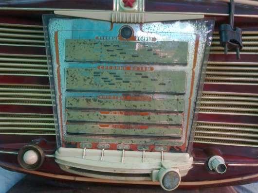 Продаю ламповый раритетный радиоприемник