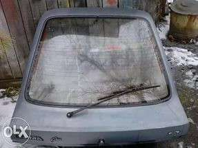Крышка багажника Форд съера