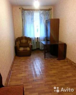 уютную комнату в 5-и комнатной квартире.