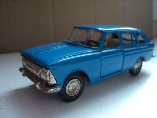 Масштабная модель автомобиля Москвич